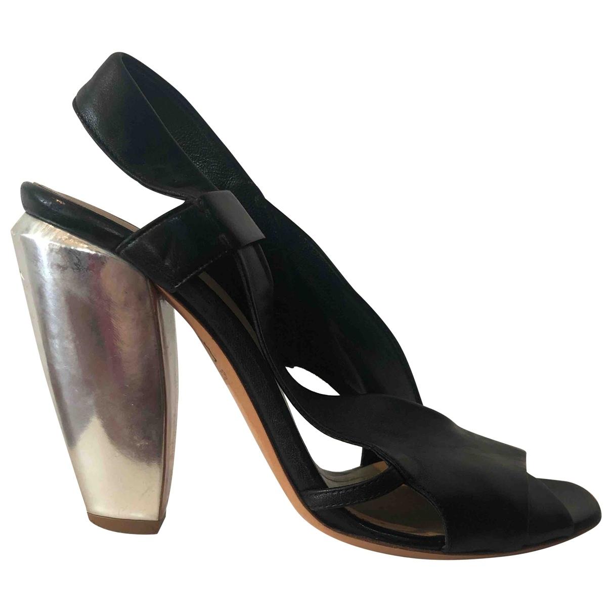 Costume National - Sandales   pour femme en cuir - noir