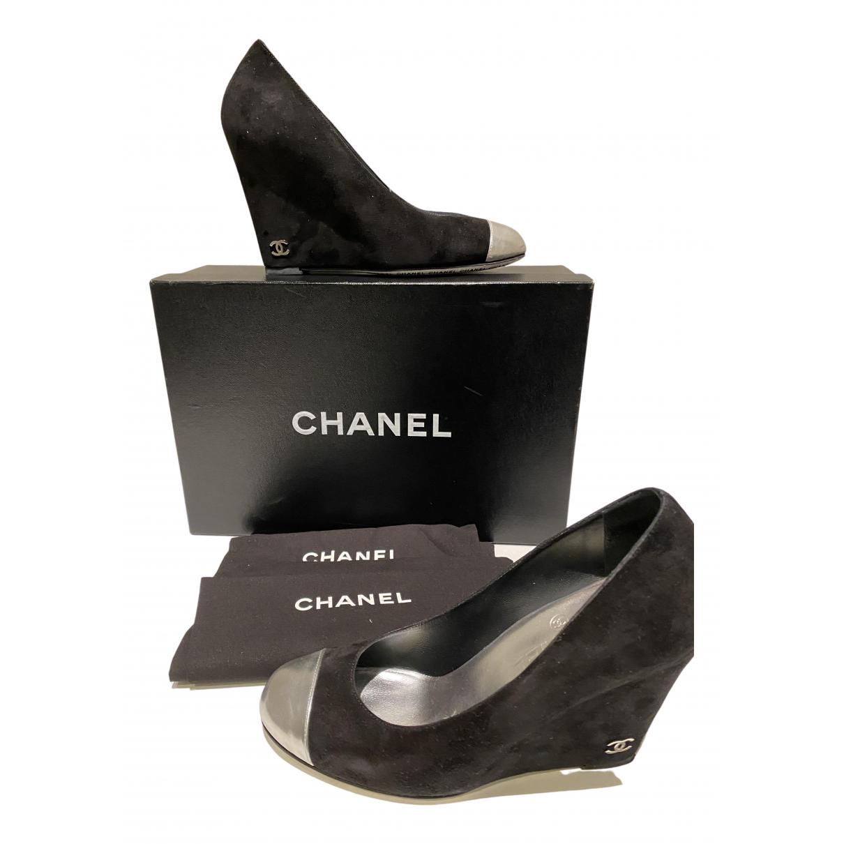 Tacones Chanel