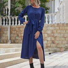 Kleid mit Knopfen vorn, Selbstband und Wickel Design