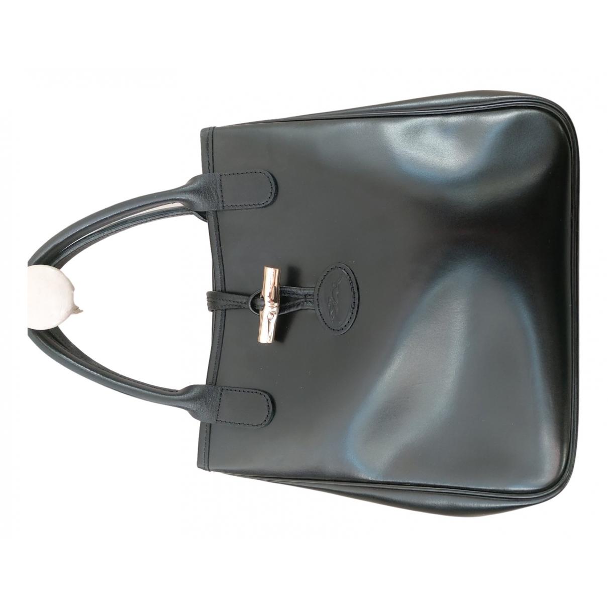 Longchamp Roseau Handtasche in  Schwarz Lackleder