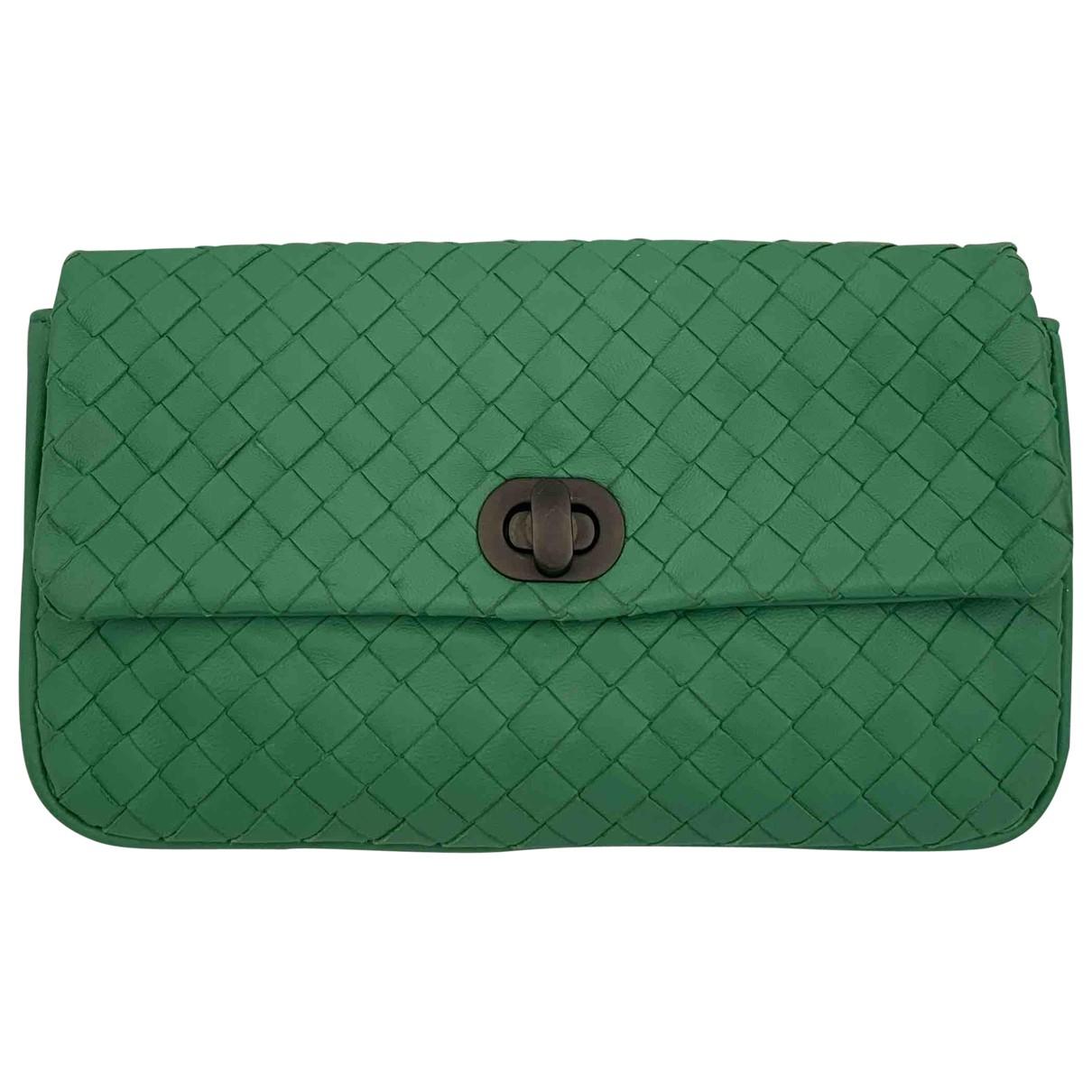 Bottega Veneta \N Green Leather Clutch bag for Women \N