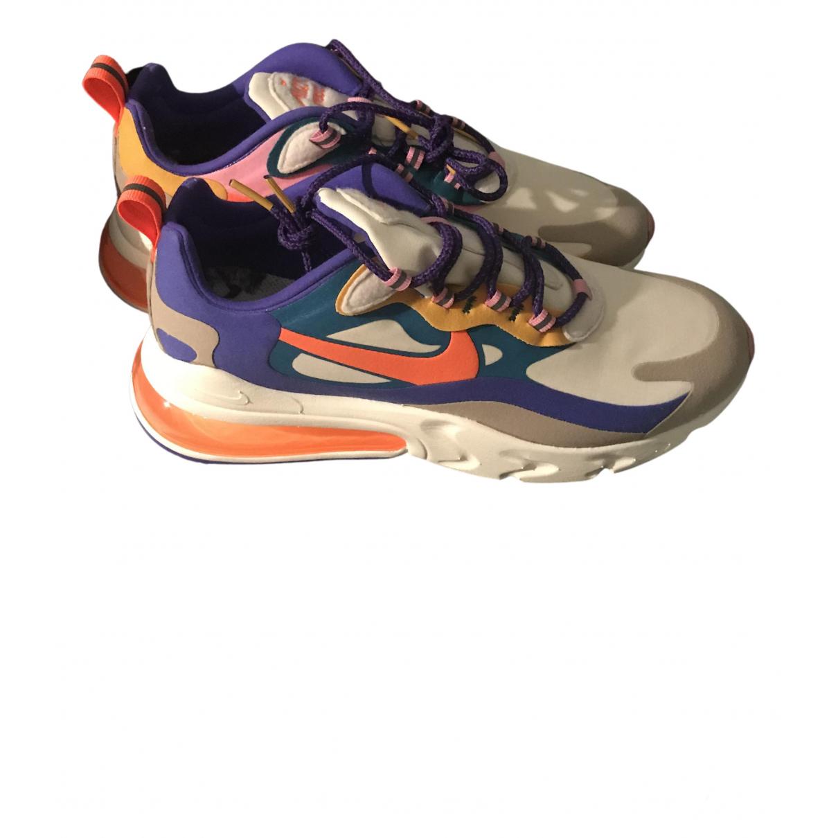 Nike Air Max 270  Sneakers in  Bunt Kautschuk