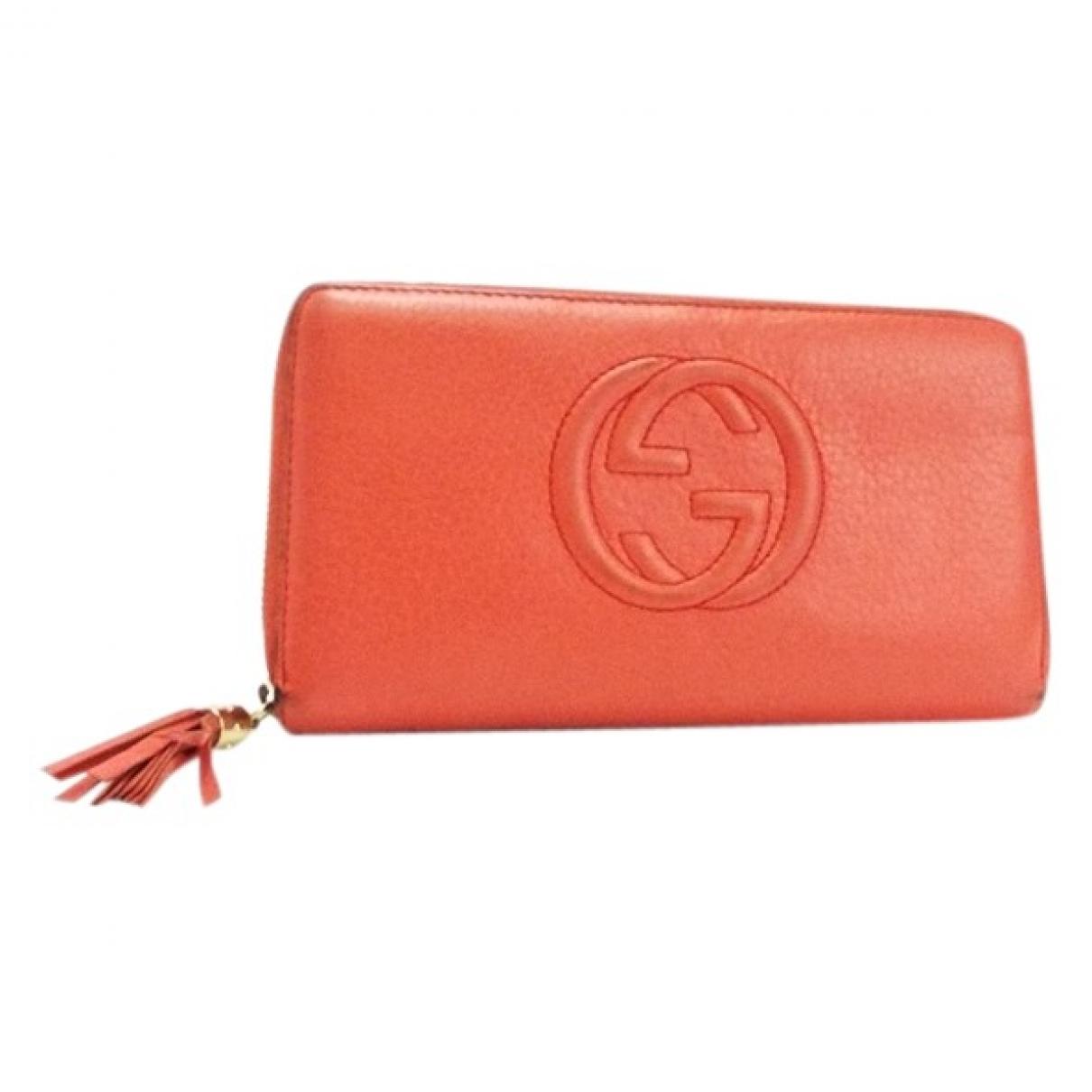 Gucci \N Portemonnaie in  Orange Leder