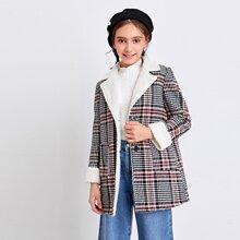Mantel mit Kunstlammfell Futter, Knopfen und Plaid Muster