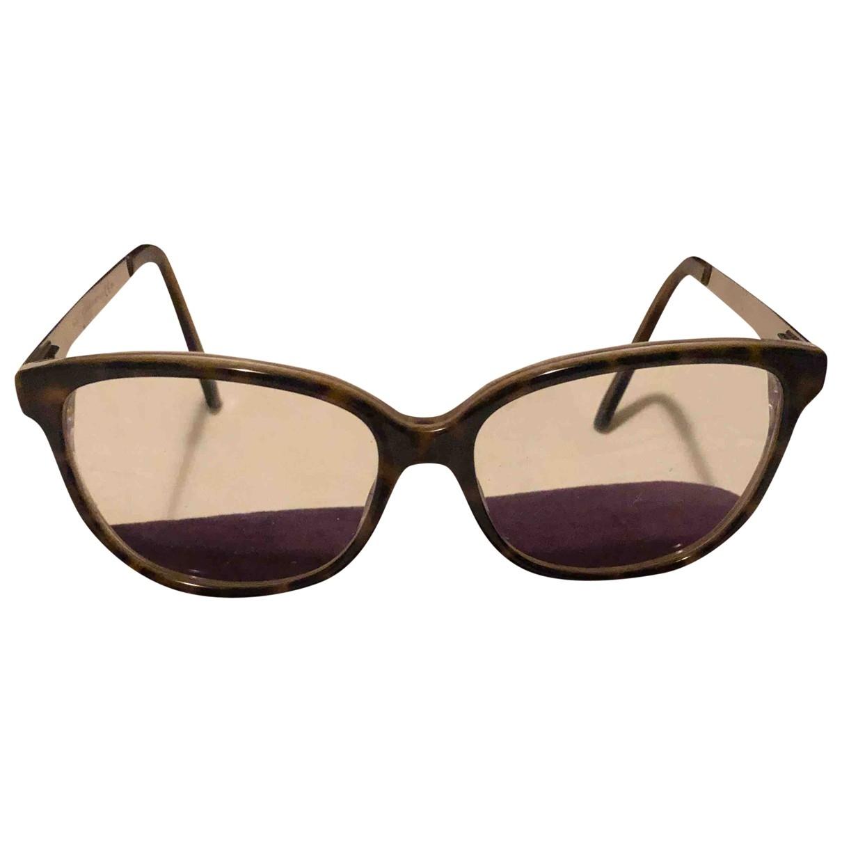 Gucci \N Sonnenbrillen in  Silber Kunststoff