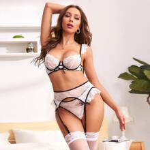 Floral Lace Underwire Garter Lingerie Set & Stockings