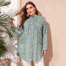 Plus Ditsy Floral Curved Hem Tunic Blouse