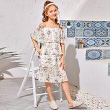Schulerfreies Mehrschichtiges Kleid mit Blumen Muster