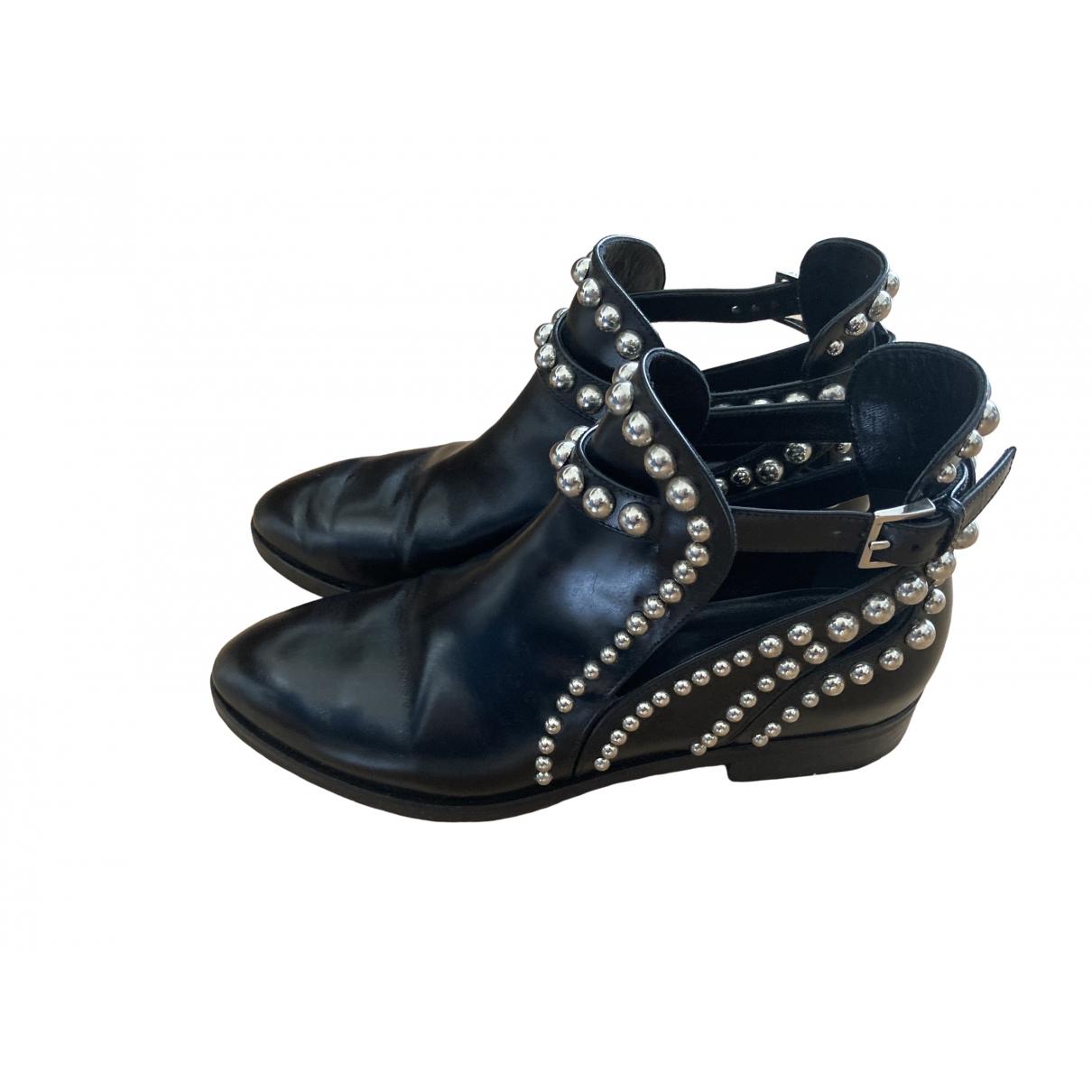 Alaïa \N Black Leather Ankle boots for Women 37.5 EU