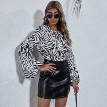 Bluse mit Zebra Streifen, Band und Bishofaermeln