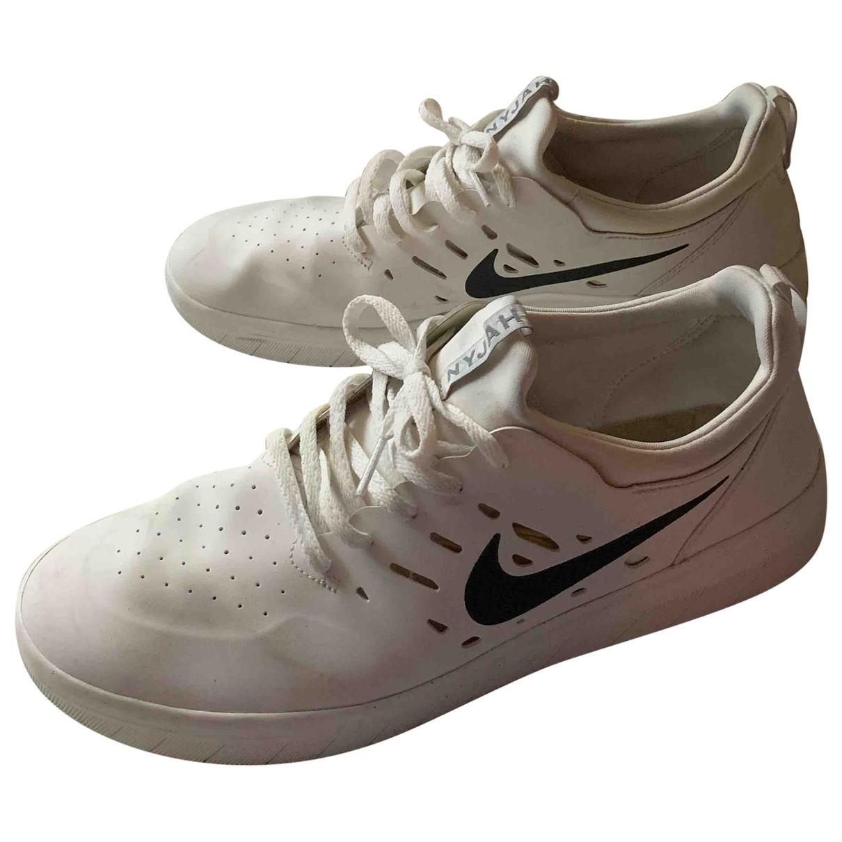 Nike \N Sneakers in  Weiss Kautschuk