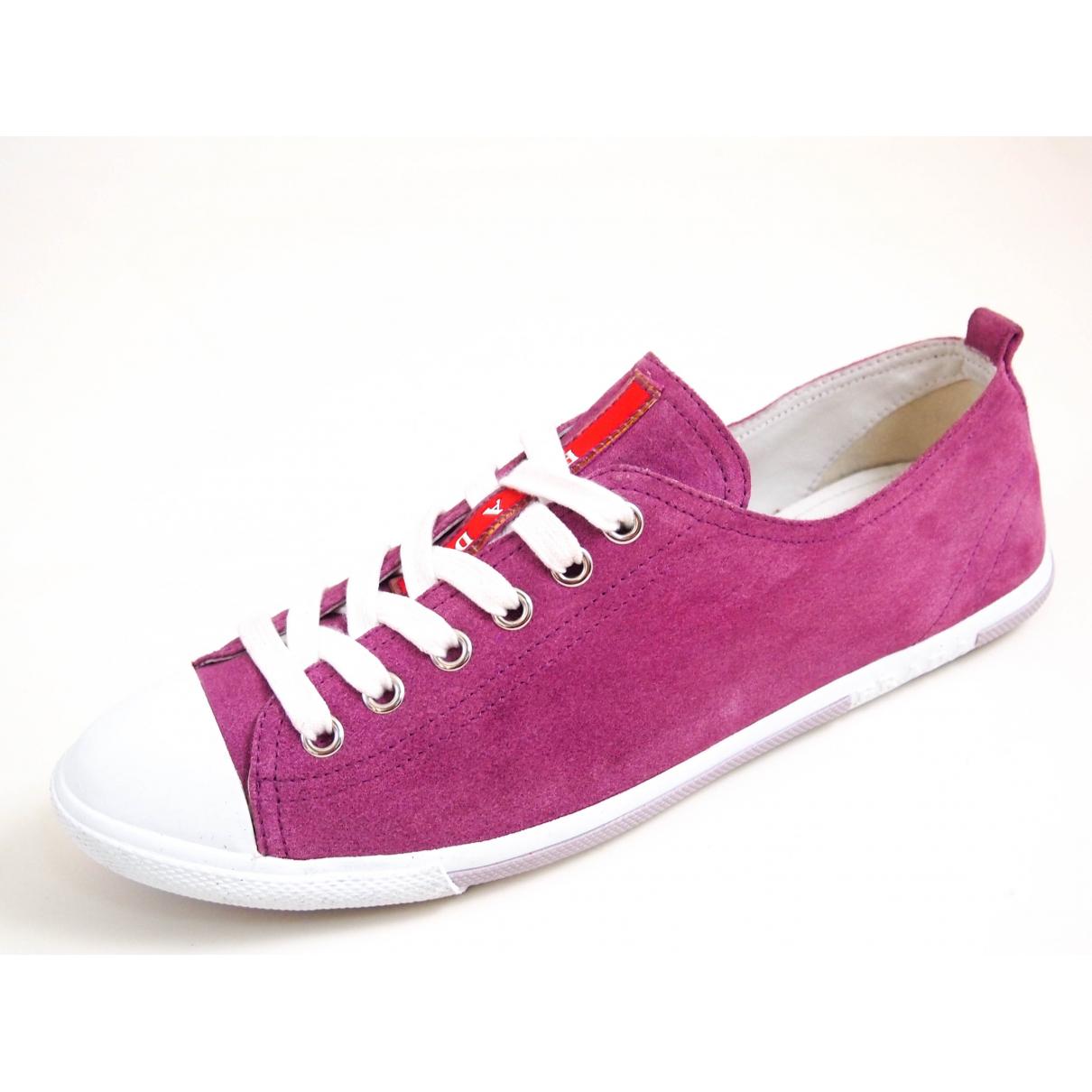 Prada \N Sneakers in  Lila Veloursleder