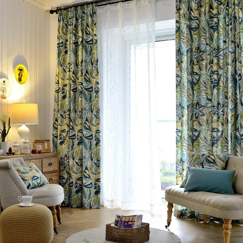 Floral Pattern Polyester Material Blackout Feature Moist Resistant Curtain Sets