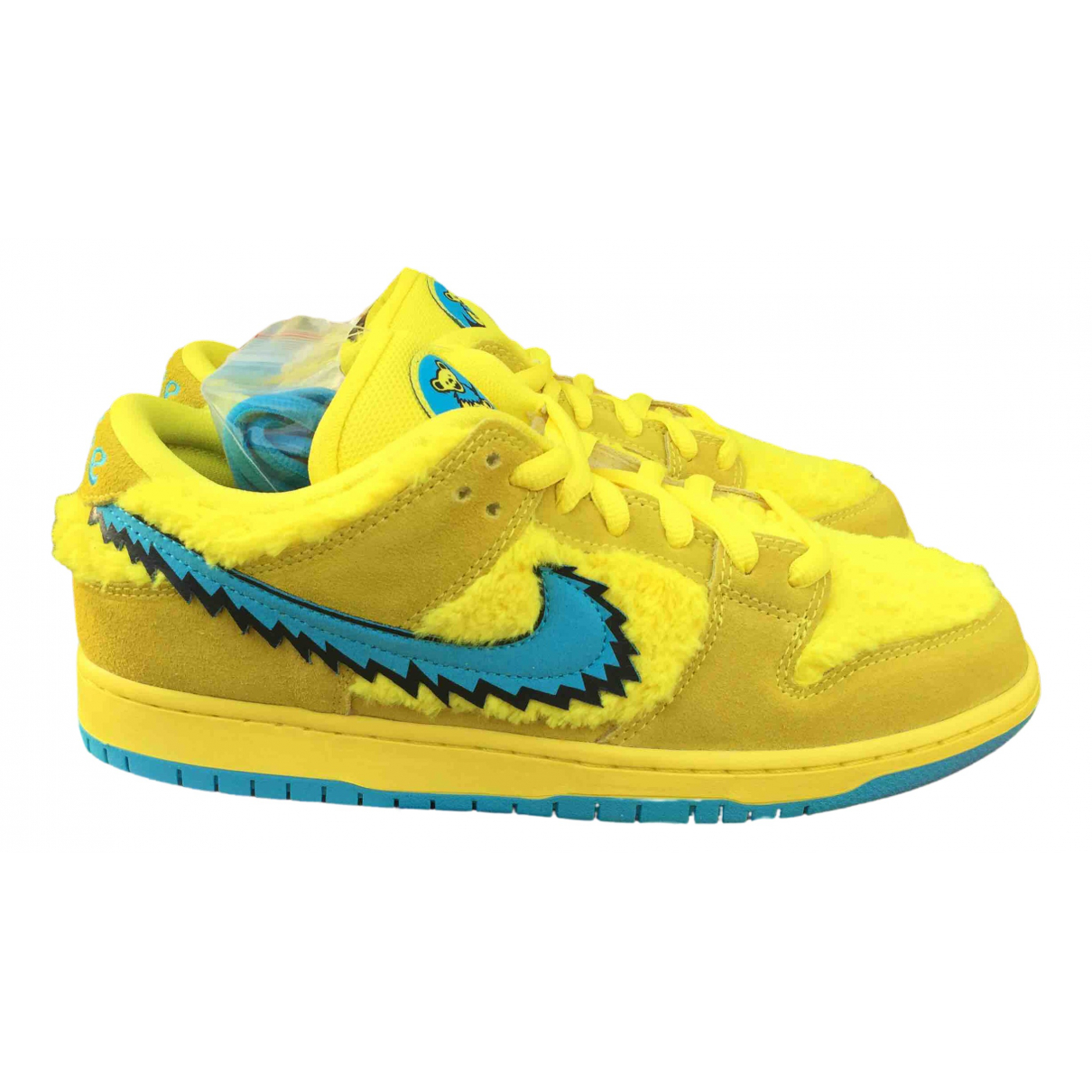 Nike SB Dunk  Yellow Cloth Trainers for Men 43 EU