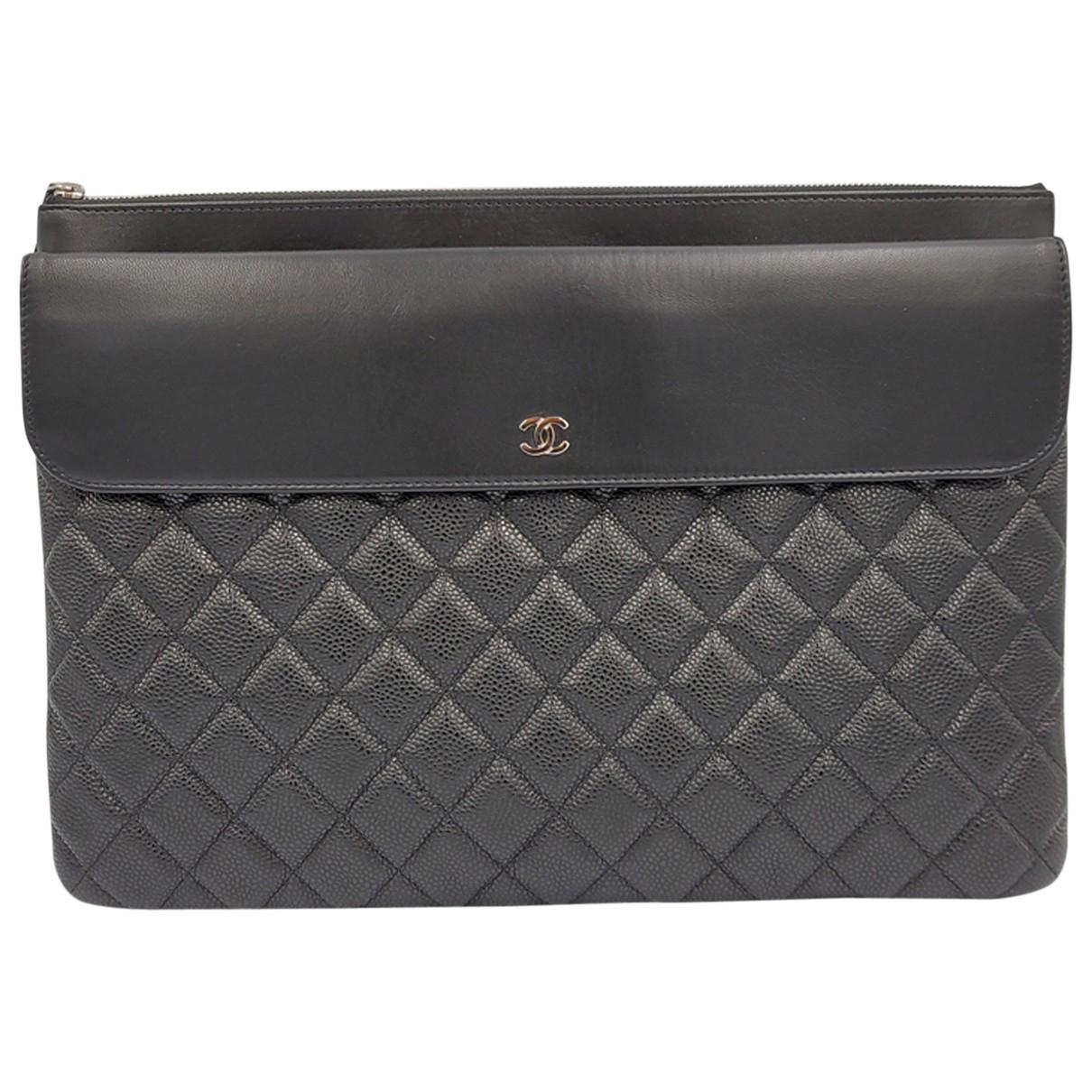 Chanel - Pochette Mademoiselle pour femme en cuir - noir