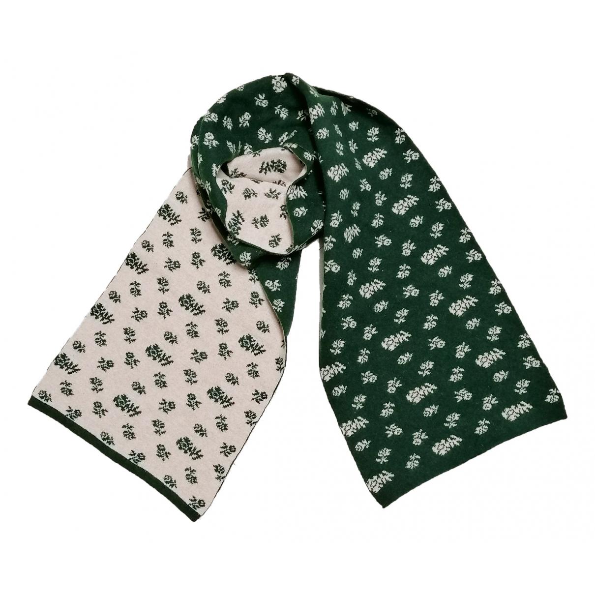 Moschino \N Schal in  Gruen Wolle
