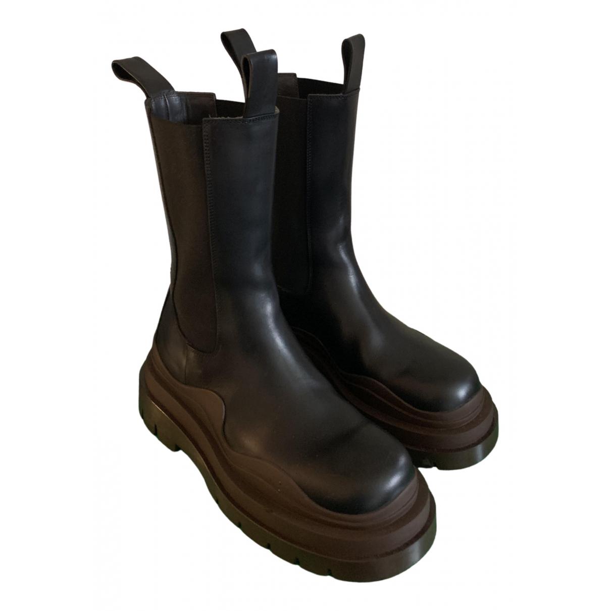 Bottega Veneta - Boots Storm pour femme en cuir - noir