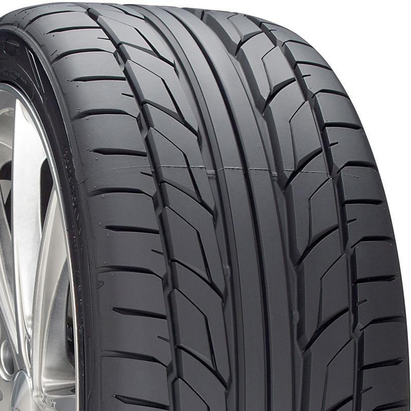 Nitto 211030 NT555 G2 Tire 245 /45 R17 99W XL BSW