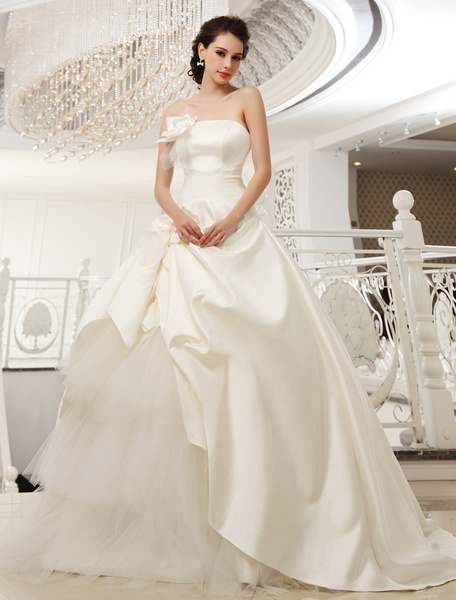Milanoo Sweep Strapless A-line Pleated Ivory Bridal Wedding Dress