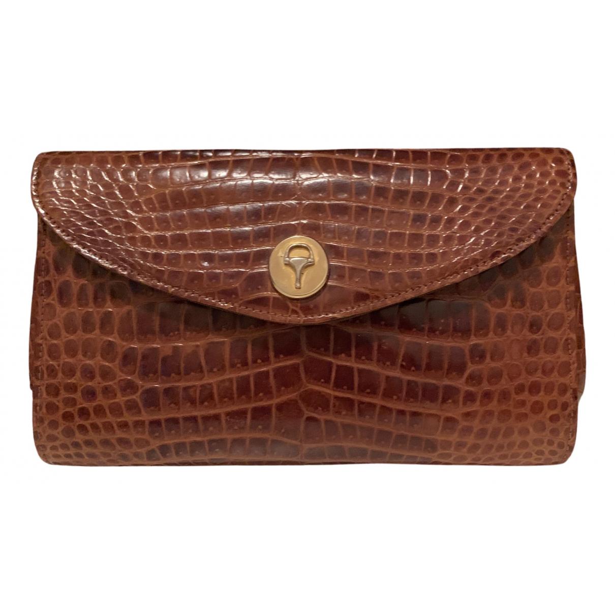 Gucci N Brown Crocodile Clutch bag for Women N