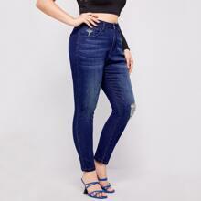 Jeans mit Riss Detail