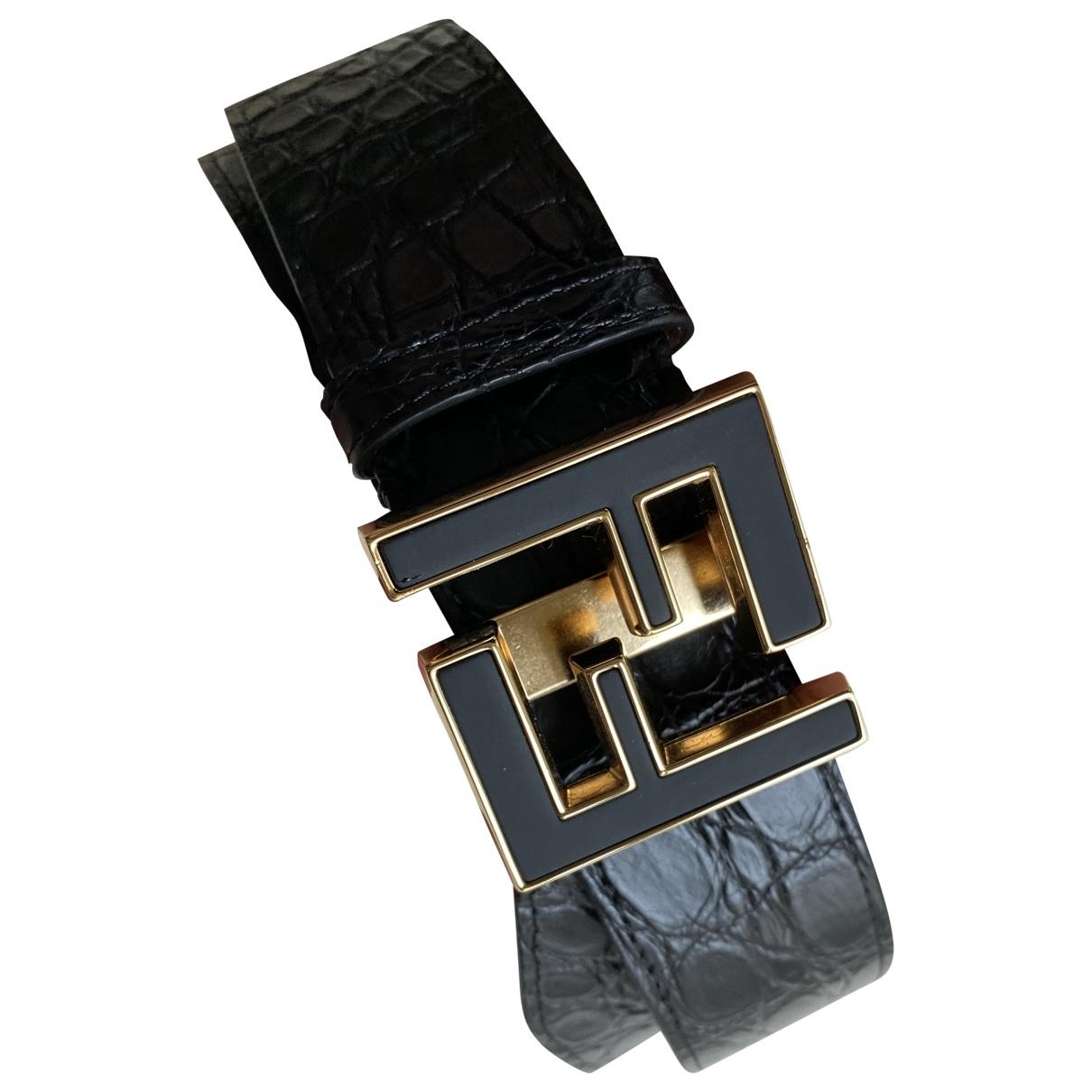 Cinturon de Cocodrilo Fendi