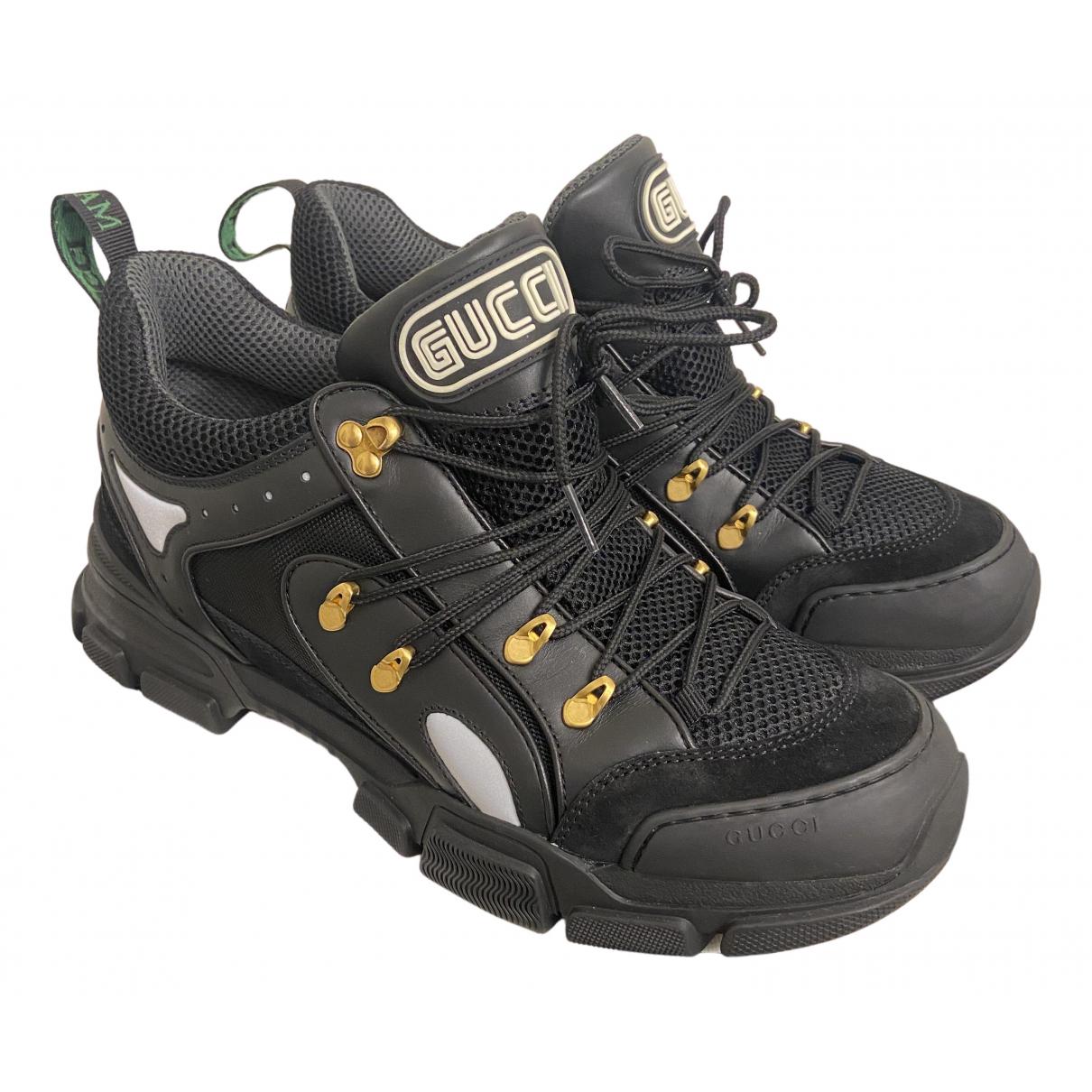 Gucci Flashtrek Sneakers in  Schwarz Leinen