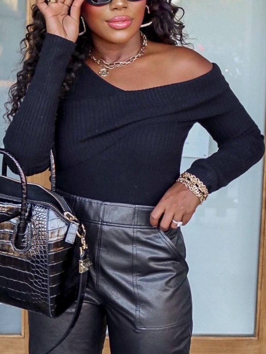 LW Lovely Trendy V Neck Basic Black T-shirt