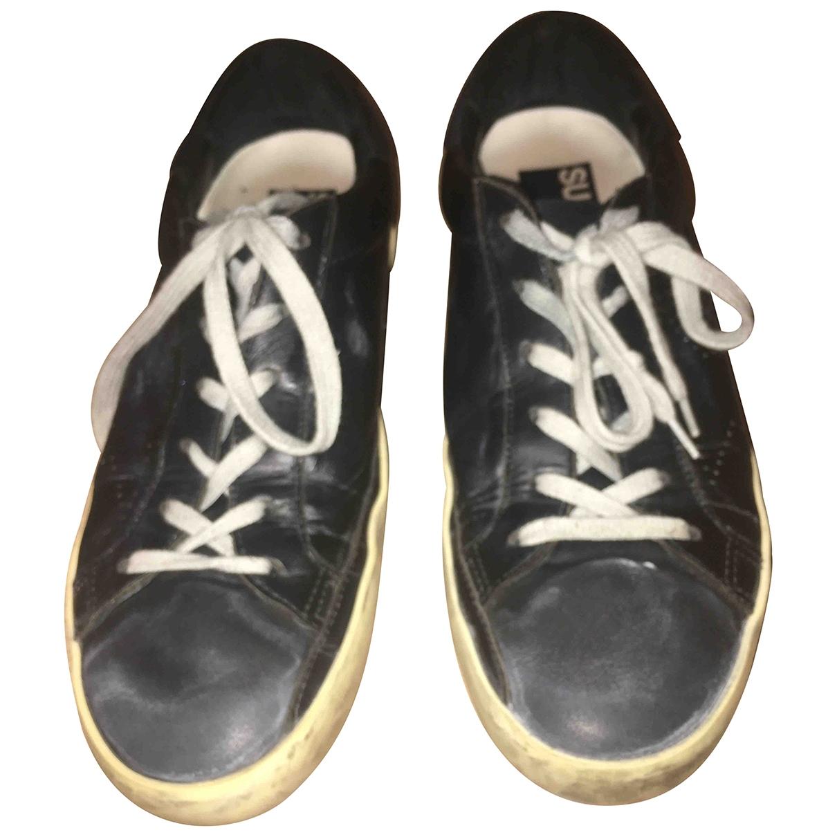 Golden Goose Superstar Sneakers in  Schwarz Leder