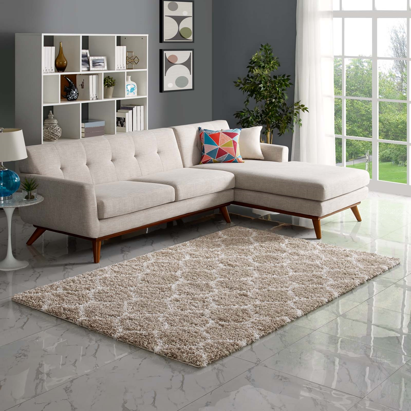 Solvea Moroccan Trellis 5x8 Shag Area Rug in Beige and Ivory