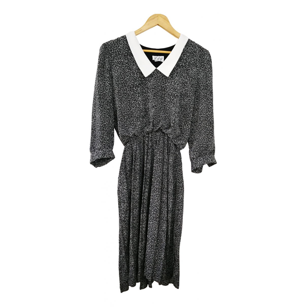 Non Signé / Unsigned N White dress for Women 38 FR