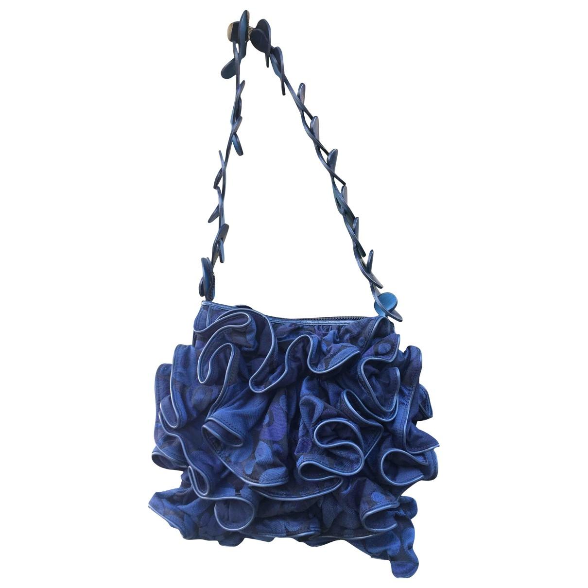 Issey Miyake \N Handtasche in  Blau Denim - Jeans