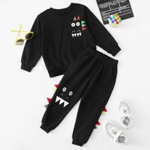 Sweatshirt mit Karikatur Grafik und Jogginghose mit 3D Flicken