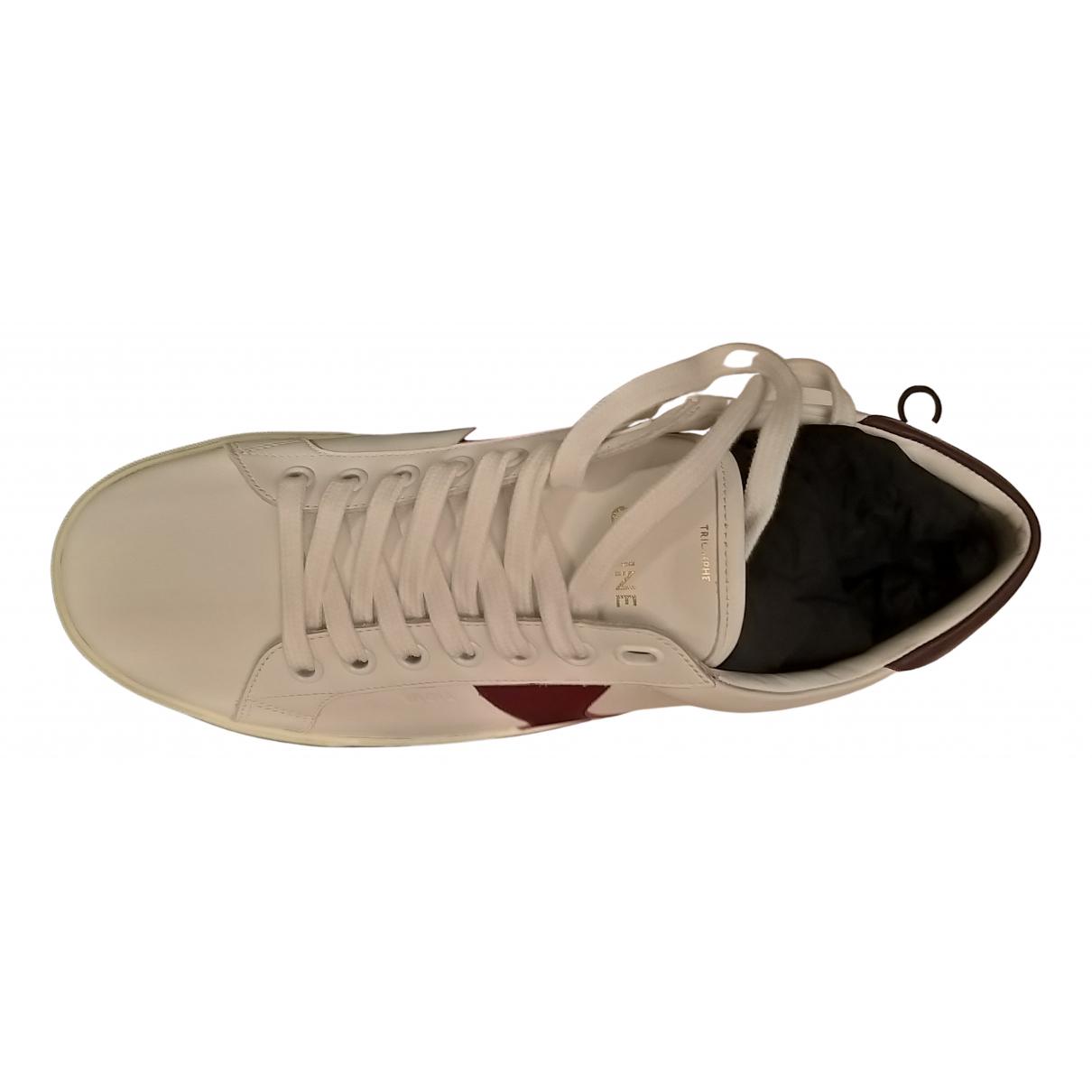 Celine Triomphe Sneakers in  Weiss Leder