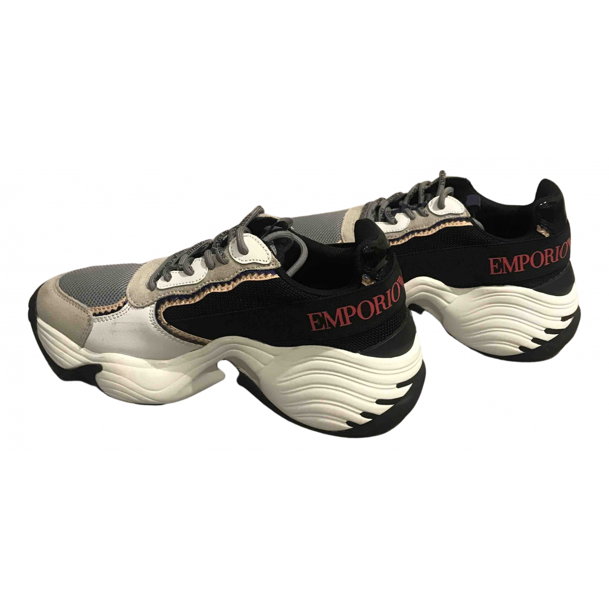 Emporio Armani \N Sneakers in Leder