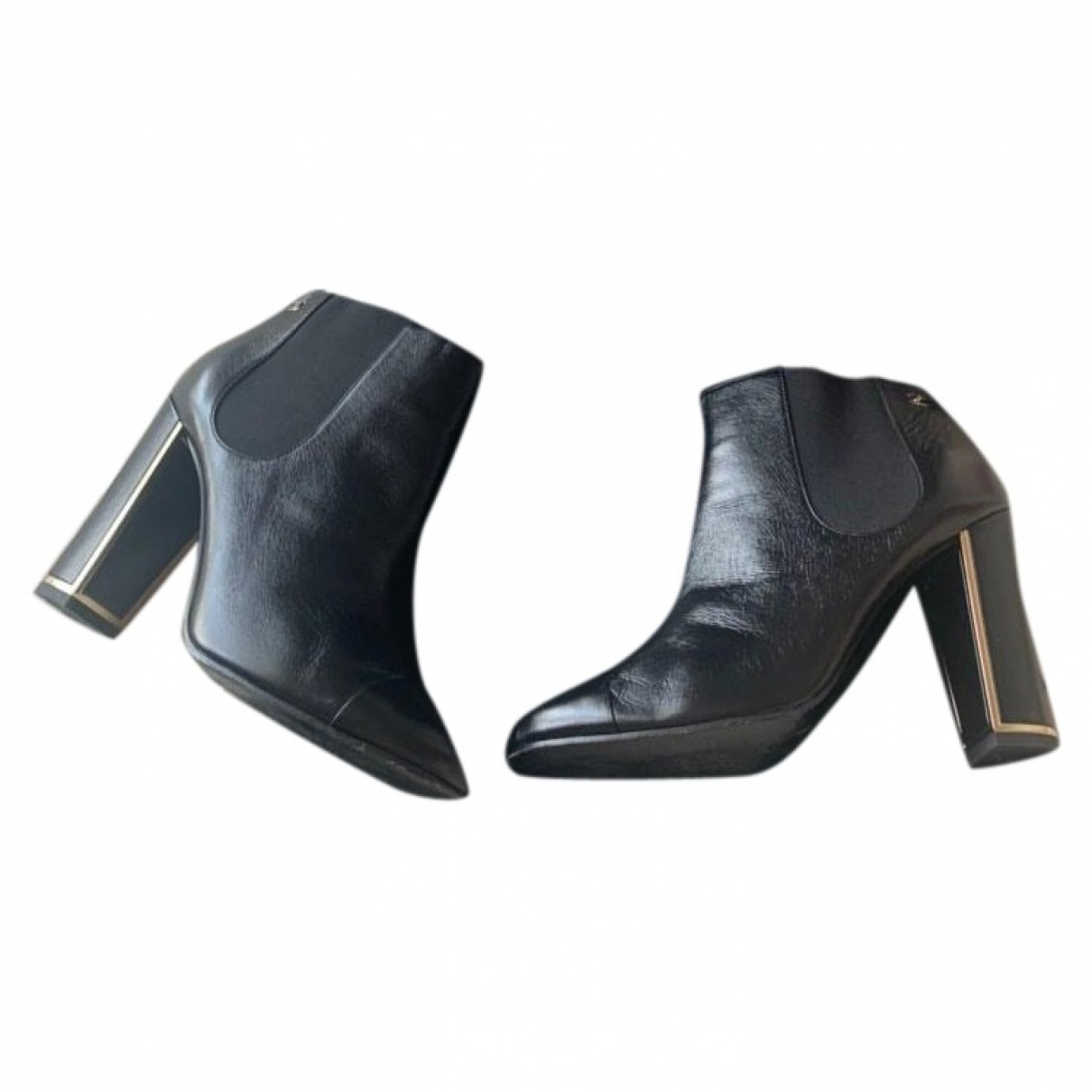 Chanel \N Black Leather Ankle boots for Women 39 EU