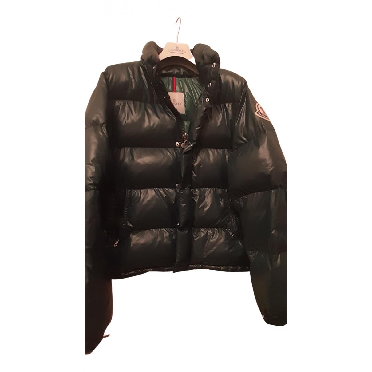 Moncler Classic Jacke in  Gruen Polyester