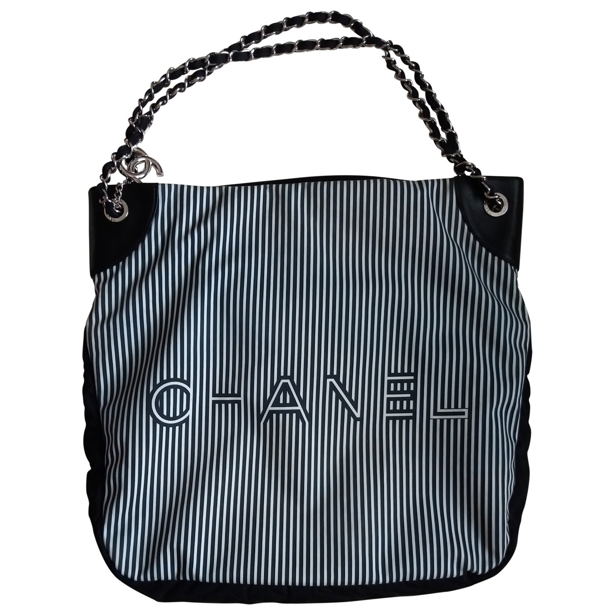 Chanel \N Cloth handbag for Women \N