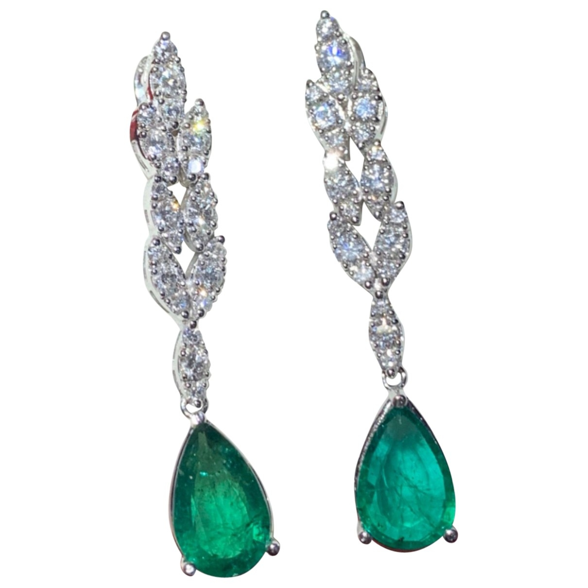 Non Signé / Unsigned Emeraude Green White gold Earrings for Women \N