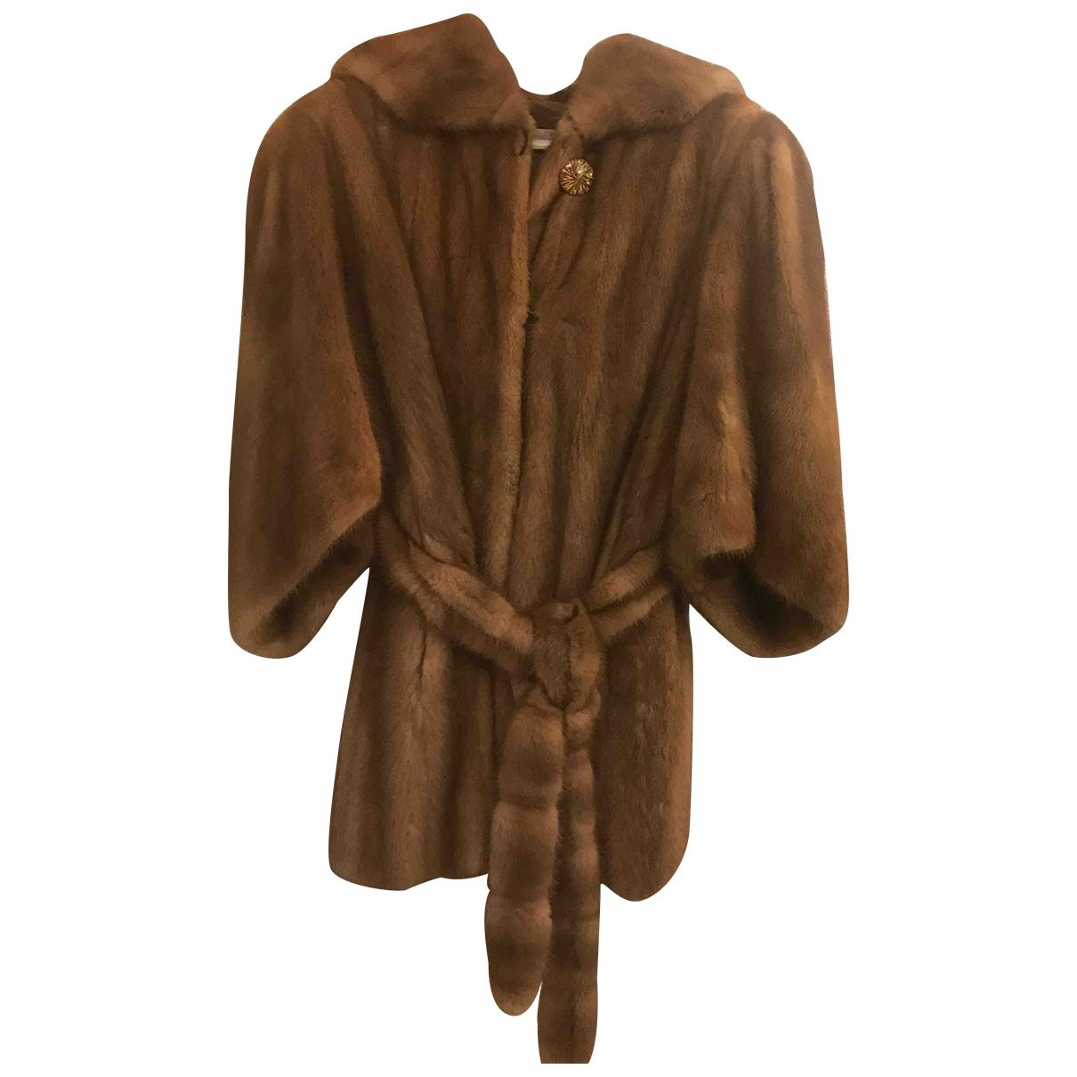 Non Signé / Unsigned \N Beige Mink coat for Women 42 FR
