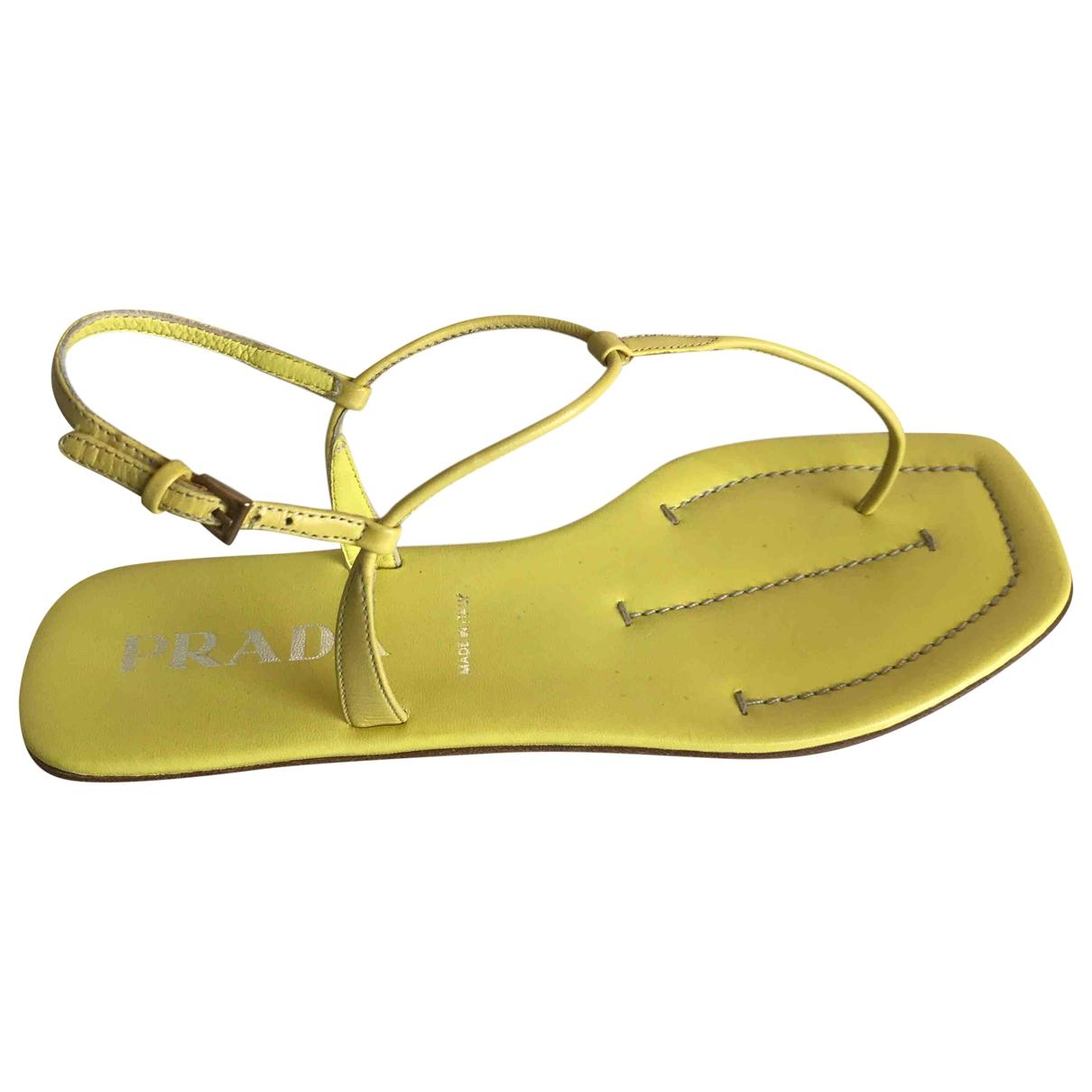 Prada - Sandales   pour femme en cuir - jaune