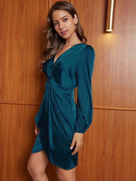 YOINS Blue Twist Cut Out Pleated V-neck Long Sleeves Dress
