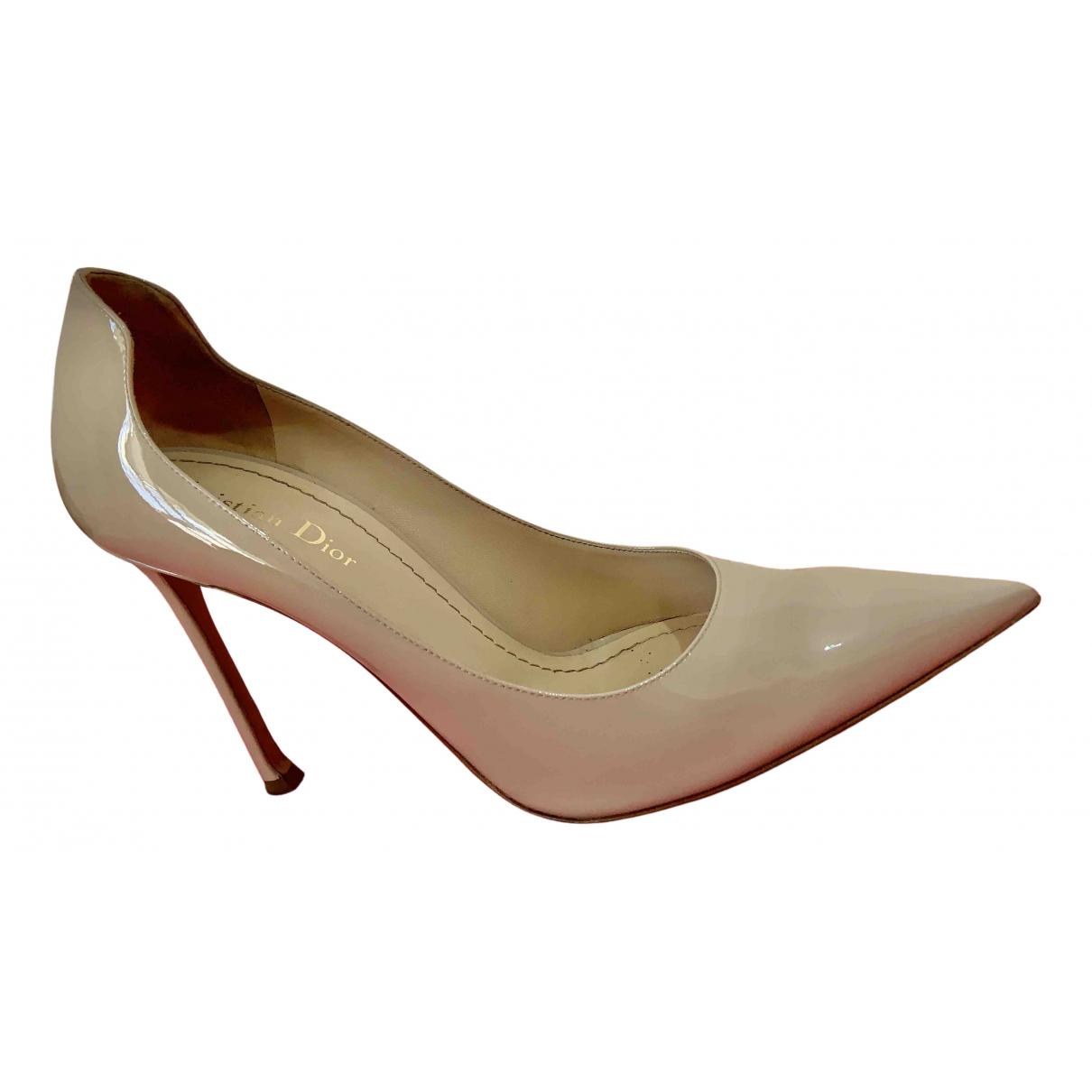 Dior - Escarpins D-Moi pour femme en cuir verni - beige