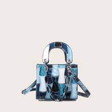 Tasche mit Kette Dekor und Schlangenleder Grafik