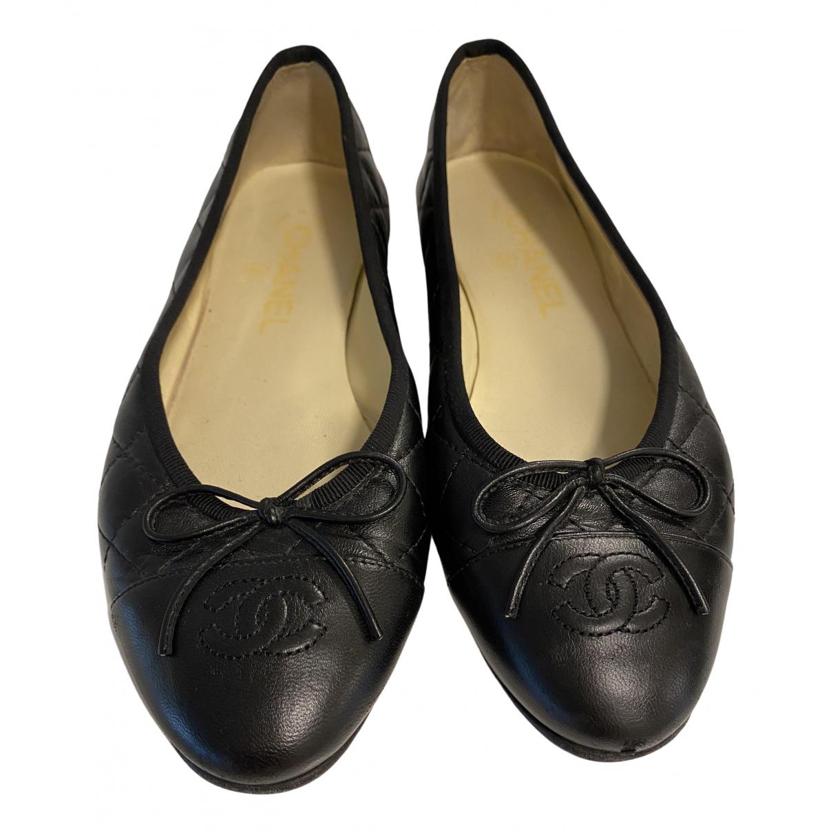 Chanel N Black Leather Ballet flats for Women 37 EU