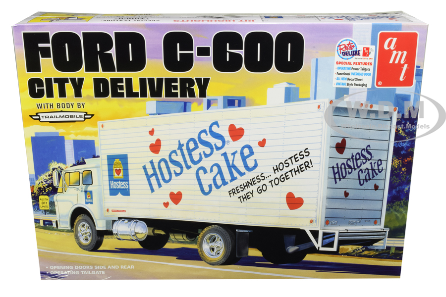 Skill 3 Model Kit Ford C-600 City Delivery Truck