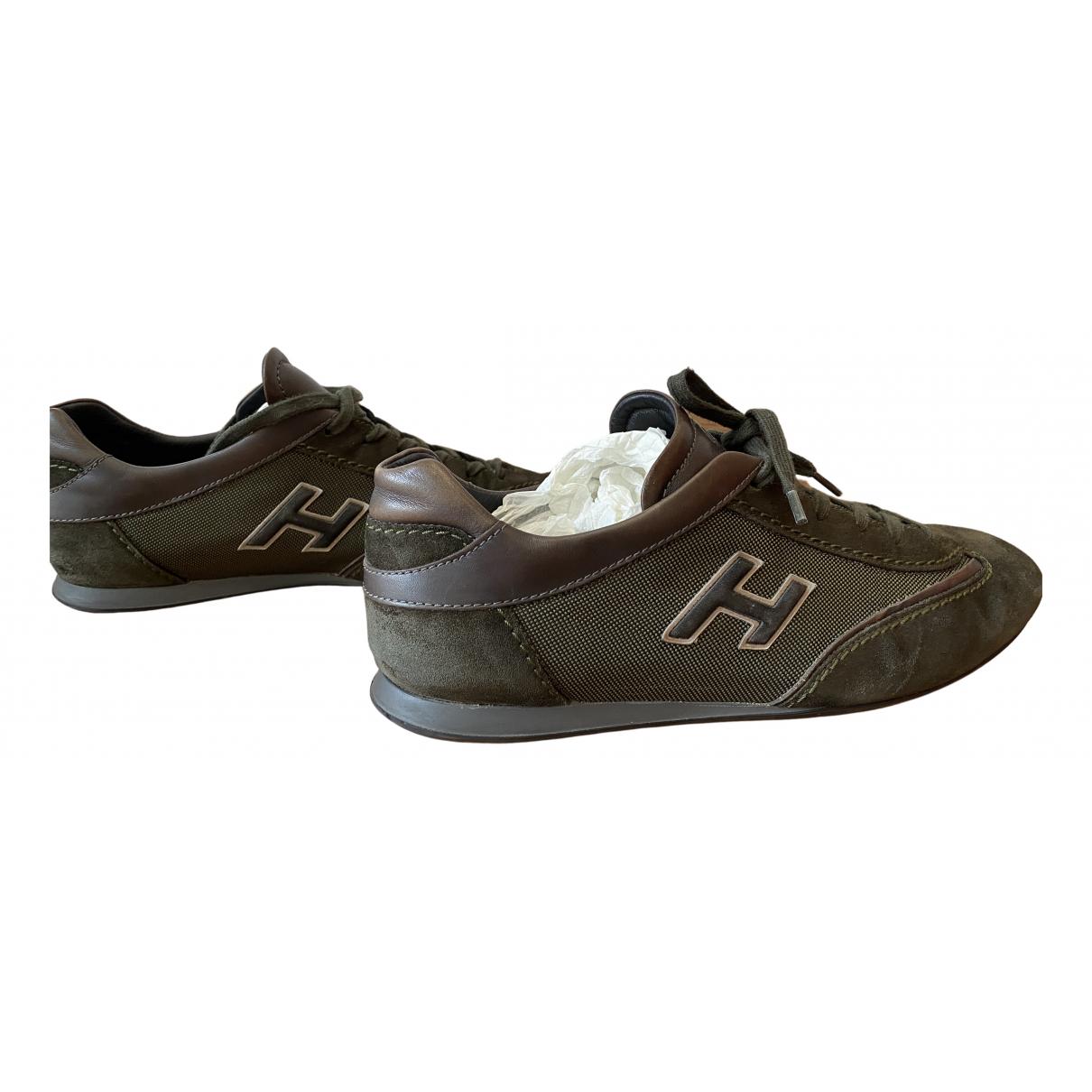 Hogan \N Sneakers in  Gruen Veloursleder