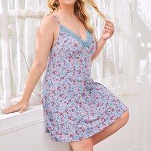 Slip Nachtkleid mit Spitzenbesatz, Ruesche und Blumen Muster