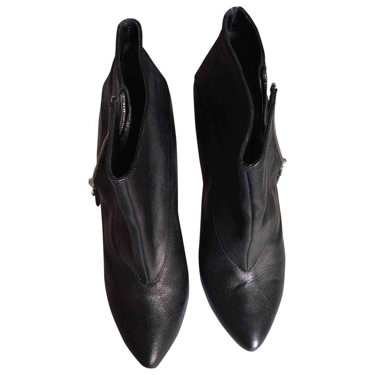 Balenciaga \N Black Leather Ankle boots for Women 38.5 EU