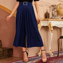 Pearl Buckle Belted Pleated Capris